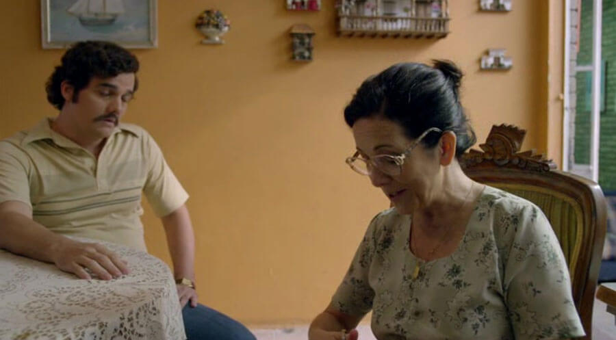 Pablo with his mother. A shot from the TV series Narcos